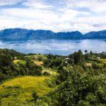 Danau Maninjau dengan Pemandangan Alam yang Menakjubkan