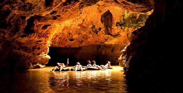 Cave Tubing Kalisuci - Sumber: indonesia-tourism.com