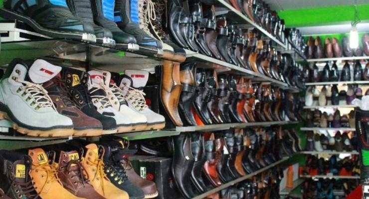 Objek-wisata-di-Bandung-Pasar-Cibaduyut