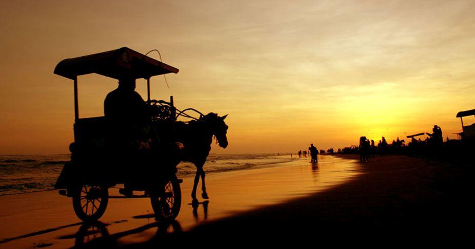 pantai-parangtritis-sunset-yogyakarta-2