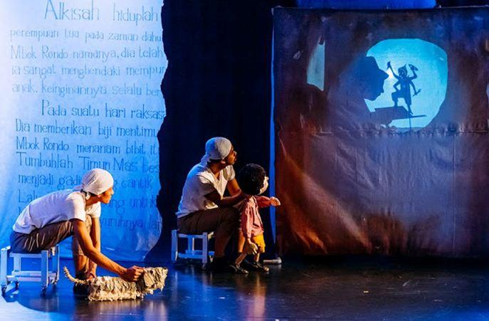 wisata-seni-aadc-2-papermoon-theater-2