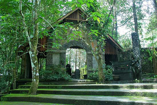 Museum Ullen Sentalu - Sumber: galleryprawirotamanhotel.com