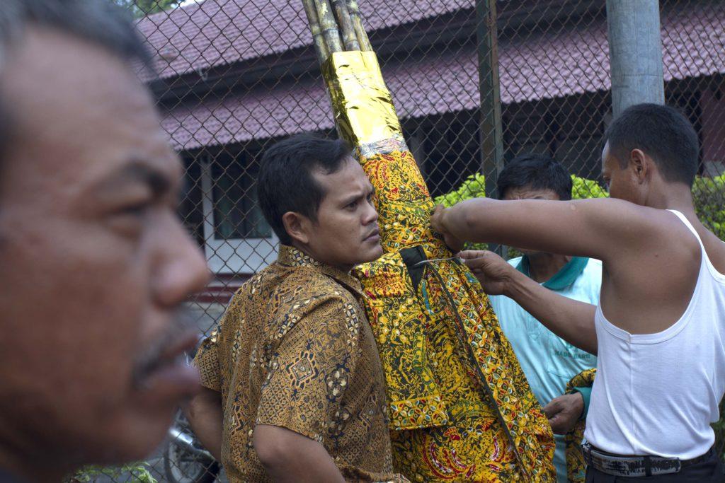 Persiapan Kirab Tebu Manten di Madukismo - Sumber: fotokita.net