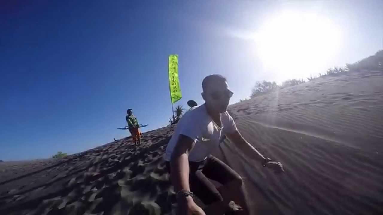 Sensasi Sandboarding di Parangkusumo - Sumber: 1080.plus